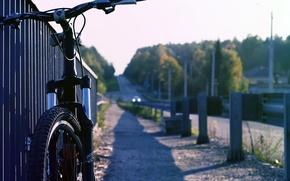 Обои асфальт, солнце, велосипед, фон, земля, widescreen, обои, настроения, колесо, руль, wallpaper, bicycle, широкоформатные, background, полноэкранные, ...