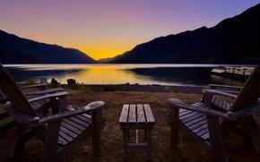 Картинка пейзаж, закат, горы, озеро, берег, стулья, столик, Washington, lake crescent lodge, olympic national park Crescent