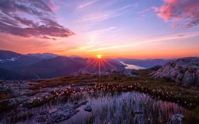Обои небо, солнце, пейзаж, закат, горы, природа