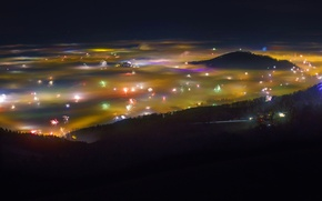 Картинка горы, ночь, город, огни, праздник, краски, Австрия, долина, фейерверк, Зальцбург
