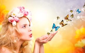 Картинка девушка, бабочки, цветы, ладони, летят