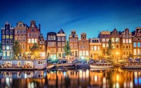 Картинка отражение, Amsterdam, Noord-Holland, город, огни, лодки, вечер, канал, Nederland, здания, река, Голландия, свет, дома, Амстердам, ...