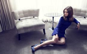 Картинка девушка, кресло, платье, актриса, брюнетка, Mila Kunis, Мила Кунис
