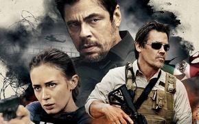 Картинка Benicio del Toro, agent, Sicario, Matt Graver, cia, helicopter, rifle, Emily Blunt, Josh Brolin, Mexico, ...