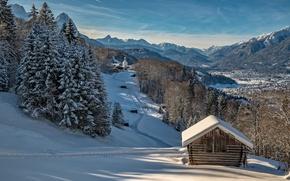 Обои склон, церковь, горы, снег, дома, Германия, деревья, зима, солнце, небо, Бавария, долина, лес