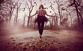 Обои дорога, девушка, настроение, танец