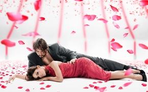 Картинка девушка, парень, лепестки роз, день святого Валентина