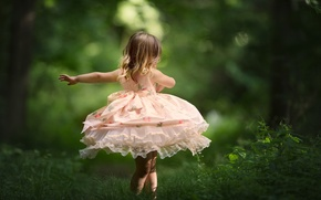 Обои девочка, танец, настроение, платье, природа