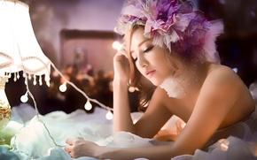 Картинка девушка, лицо, украшение, азиатка, лампочки