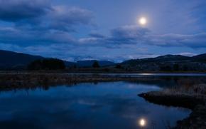 Картинка небо, облака, пейзаж, ночь, яркая луна, светит