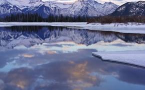 Обои зима, снег, горы, Озеро