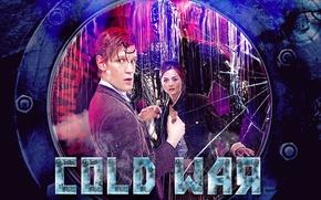 Картинка взгляд, стекло, вода, девушка, капли, трещины, фантастика, актриса, лица, актер, иллюминатор, мужчина, пиджак, Doctor Who, …