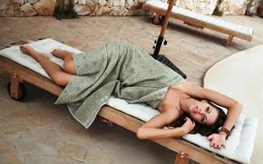 Картинка девушка, модель, лежак, eufrat