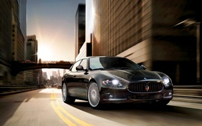 Картинка Maserati, Quattroporte, Дорога, Черный, Город, Лого, Автомобиль, Экзотика