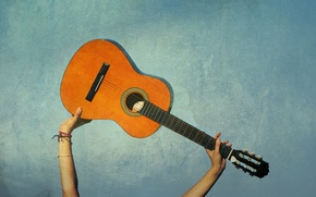 Обои музыка, фон, настроение, голубой, гитара, руки