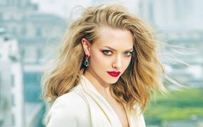 Картинка модель, портрет, макияж, платье, актриса, прическа, шатенка, красотка, в белом, фотосессия, Amanda Seyfried, Elle, Аманда …