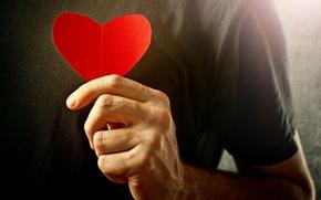 Картинка любовь, фон, красное, widescreen, обои, романтика, настроения, сердце, чувства, рука, wallpaper, мужчина, love, парень, сердечко, …