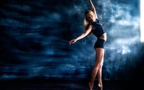 Картинка девушка, шорты, гимнастка, Антон Печкуров