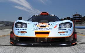 Картинка небо, фон, McLaren, GTR, суперкар, болид, передок, гоночный, МакЛарен, Longtail, 1997