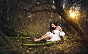 Картинка лес, девушка, платье, ножки, Marketa Novak