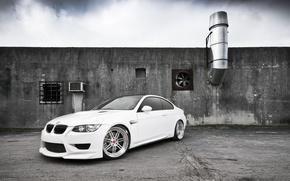 Картинка тюнинг, белая, BMW M3