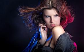 Картинка взгляд, девушка, свет, макияж, куртка, плечо, John Bouma