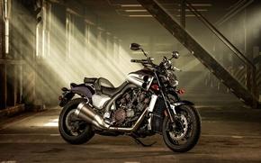 Картинка свет, гараж, Yamaha VMAX, VMX 17.2014