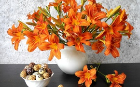 Картинка лилии, букет, лепестки, печенье, ваза, натюрморт