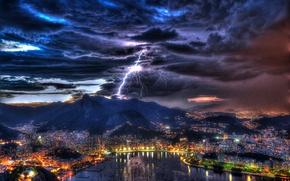 Картинка гроза, небо, пейзаж, ночь, тучи, огни, молния, дома, лодки, залив, гавань, Brazil, Rio de Janeiro