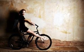 Картинка девушка, велосипед, крылья