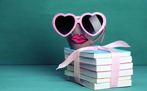 Обои книги, кофе, очки, кружка, cup, lips, funny, glasses, cute, books, mustache