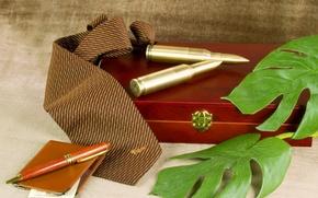 Картинка ручка, галстук, шкатулка, патроны, фон., бумажник