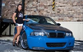 Картинка Bmw, m3, e46, blue, carbon, girl, brunet, бмв, синий, диски, девушка