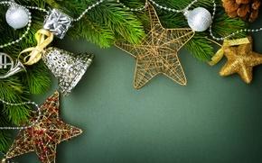Картинка шарики, зеленый, праздник, колокольчик, фон, игрушки, украшения, звездочки, Новый год, ветки