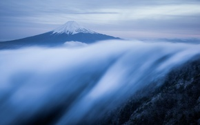 Картинка туман, гора, поток, утро, Япония, Фудзияма, стратовулкан, 富士山, остров Хонсю