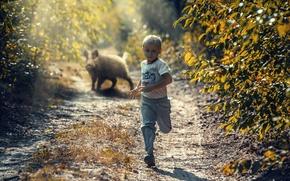 Картинка мальчик, бег, кабан