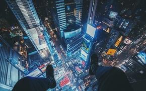 Картинка машины, city, город, ноги, высота, нью-йорк, кроссовки, new-york