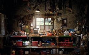 Обои окно, инструменты, мастерская