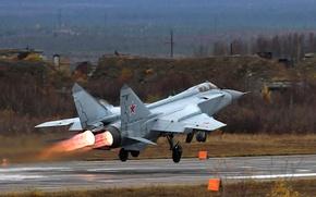 Картинка взлёт, ВВС России, Foxhound, ОКБ МиГ, МиГ-31БМ, двухместный сверхзвуковой всепогодный истребитель-, Первый советский боевой самолёт ...