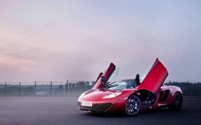 Картинка красный, McLaren, суперкар, red, MP4-12C, открытые двери, макларен, двери-бабочка