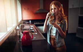 Картинка девушка, ситуация, кухня, Ivan Gorokhov, утренний кофе