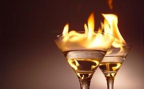 Картинка огонь, бокалы, алкоголь