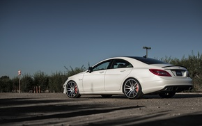 Картинка Mercedes, Benz, white, сбоку, мерседес, AMG, CLS63