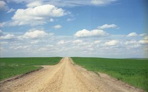 Обои поля, сельская местность, солнечный, дорога, трава, фермы, небо, горизонт, облака