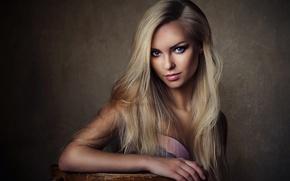 Картинка Girl, Beautiful, Model, White, Female, Beauty, Eyes, Studio, Face, Fashion, Glamour, Hair, Young, Виктория Пичкурова, …
