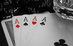 Картинка Черный, Игра, Белый, Стакан, Карты, Покер, Пики, Черви, Фишки, Туз, Бубны, Трефы