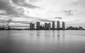 Картинка море, мост, city, город, черный и белый, sea, bridge, buildings, black & white, застройка
