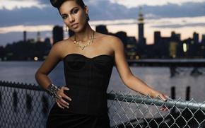 Обои поза, певица, Alicia Keys