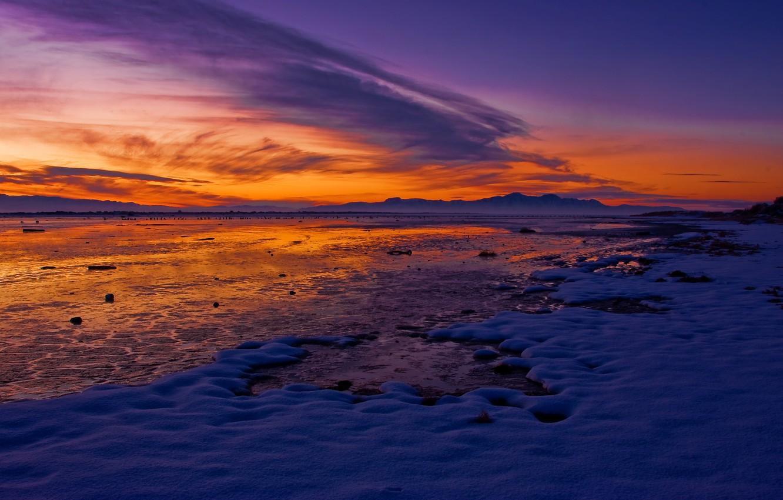 Фото обои зима, небо, снег, горы, озеро, рассвет