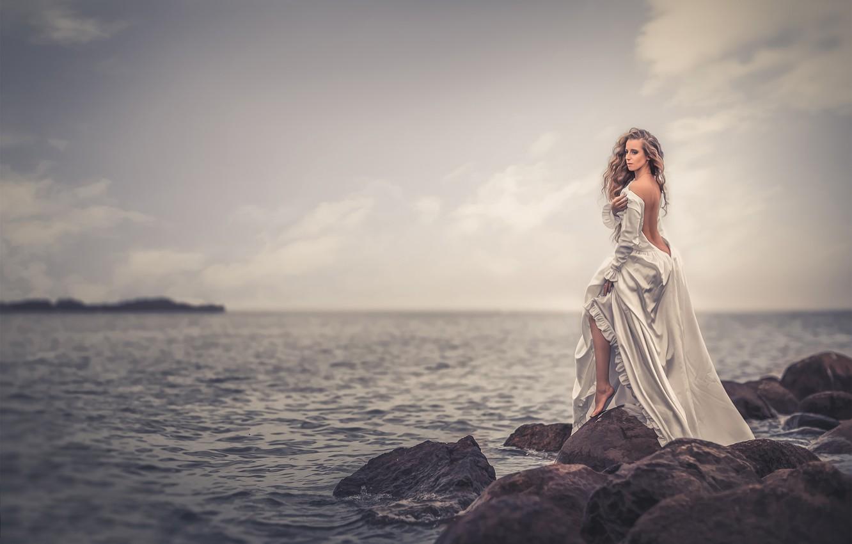 тема фотосессии возле моря дома, где находилась